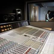 studio_shot_2.jpg